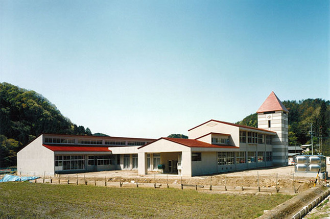 夏山小学校 Image